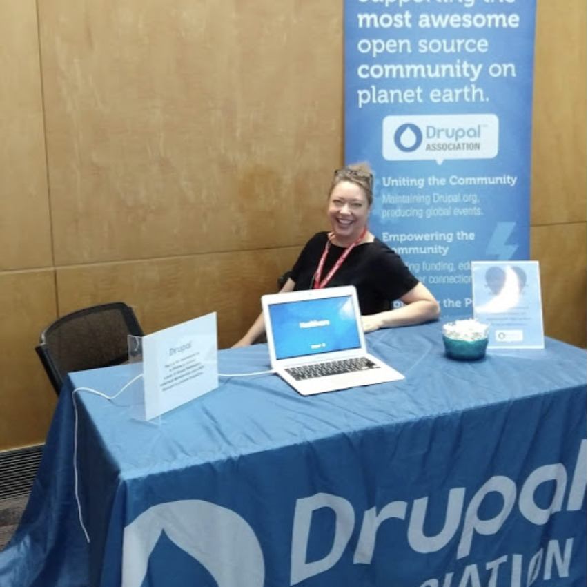Delona at Drupal Association table at GovCon 2019